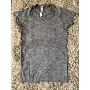 Lululemon Swiftly Tech Short Sleeve Crew